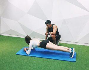 Nhu Hoa tăng cường tập gym
