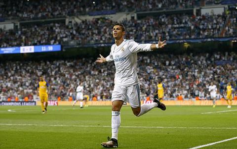 Ronaldo lap ky luc