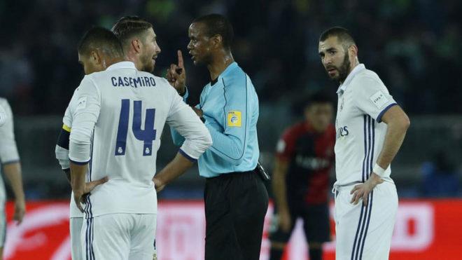 Sao Real mất El Clasico và toàn cảnh cãi nhau giữa Manchester