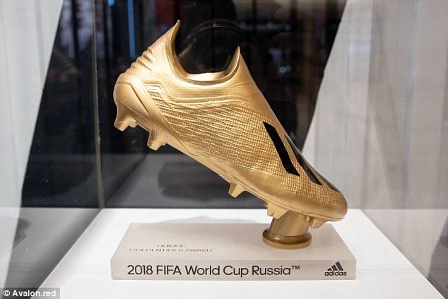 Chính thức công bố Chiếc giày vàng World Cup 2018