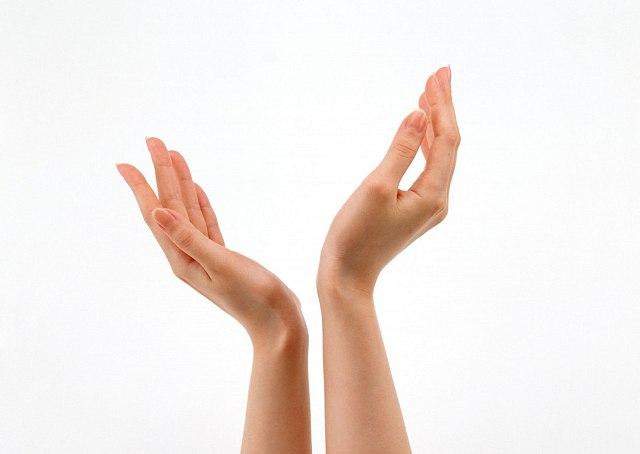 HÌnh dáng bàn tay tiết lộ tính cách của bạn