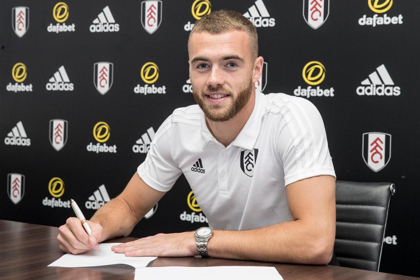 Mourinho gửi thông điệp đến Pogba, Fulham có tân binh thứ 7