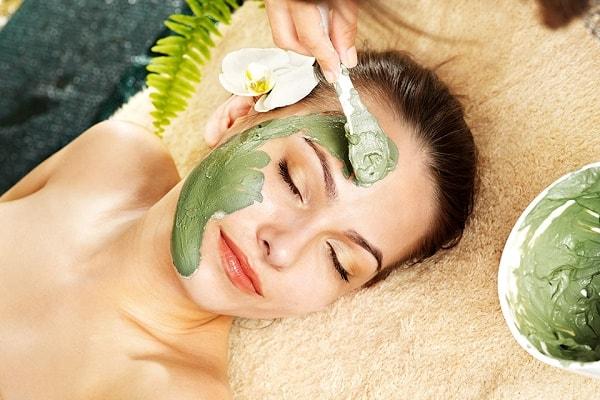 Bí quyết dưỡng da mặt bằng bột trà xanh tại nhà