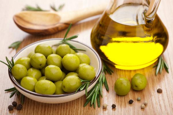Công thức làm đẹp từ dầu oliu, an toàn hiệu quả tại nhà