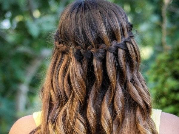 Cách làm tóc đẹp tại nhà đơn giản cho nàng xinh lung linh