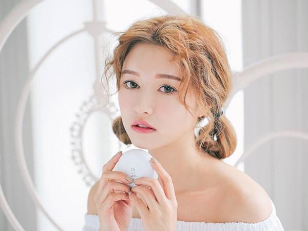 Hướng dẫn cách trang điểm mắt đẹp tự nhiên chuẩn Hàn Quốc