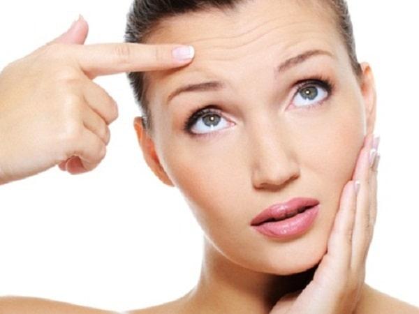 Tìm hiểu nguyên nhân khiến da mặt khô và cách khắc phục