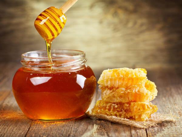 Khám phá bí quyết sử dụng mặt nạ mật ong giúp da trắng mịn