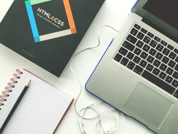 HTML là gì - Cách thức hoạt động của HTML trên website?