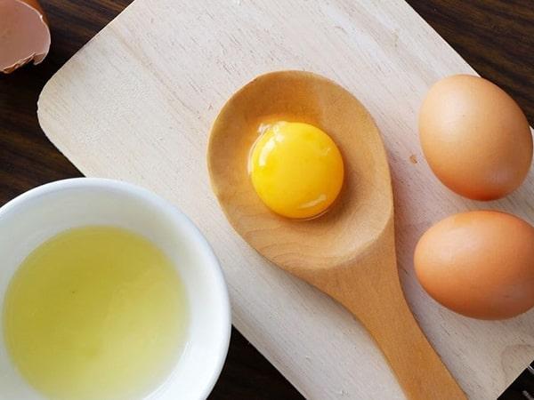 5 công thức làm đẹp thần thánh từ mặt nạ lòng đỏ trứng gà