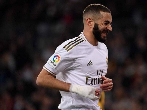 Karim Benzema được Real Madrid gia hạn hợp đồng