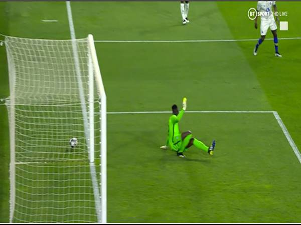 Tin bóng đá ngày 14/4: Mendy suýt trở thành tội đồ trước Porto