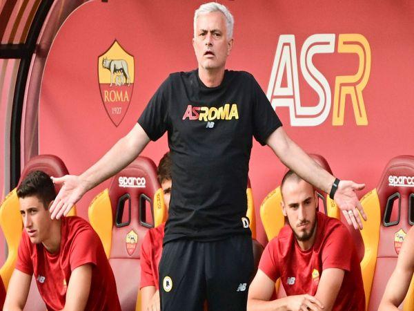 Bóng đá QT sáng 16/7: Mourinho ra mắt ấn tượng tại Roma