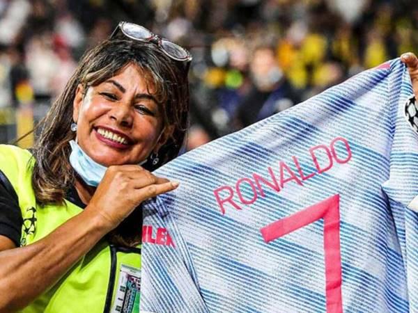 Bóng đá QT chiều 15/9: Ronaldo hành động đẹp sau trận thua của MU