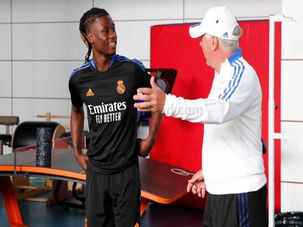 Chuyển nhượng tối 9/9: Real Madrid chính thức ra mắt Camavinga