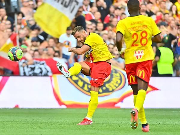 Soi kèo bóng đá giữa Lens vs Strasbourg, 2h00 ngày 23/9