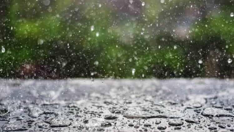 Mơ thấy trời mưa điềm báo gì, đánh số gì?